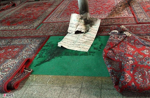 پسر جوان تحت تاثیر سیدمحمد حسینی یک مسجد را به آتش کشید/متهم دستگیر شد