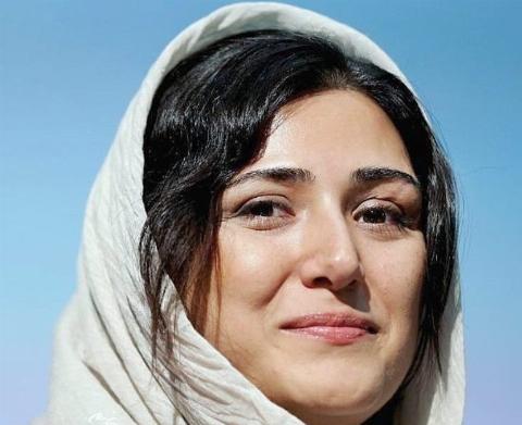واکنش تند خانم بازیگر به سانسورش توسط تلویزیون: با چه سرعت عجیبی در جاده ابتذال میراند این صداوسیما