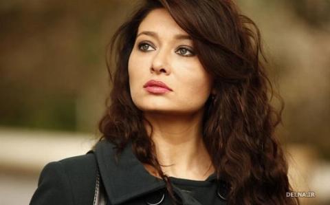 انتقادهای تند و تیز از حضور بازیگر زن سریال های ترکیه ای در ایران