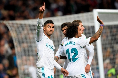 رئال مادرید ۳-۰ لاس پالماس؛ درخشش هافبک ها و خروج موقت زیدان از بحران
