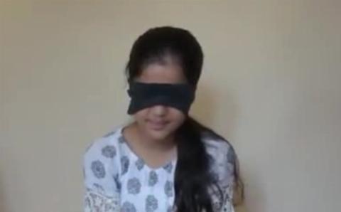 دختری که با چشمان بسته در شبکههای اجتماعی به شهرت رسید + فیلم