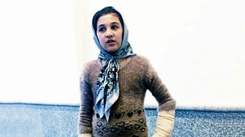 دختر 10 ساله، شاهد قتل وحشیانه مادر و خواهرش توسط | تی وی پلاس