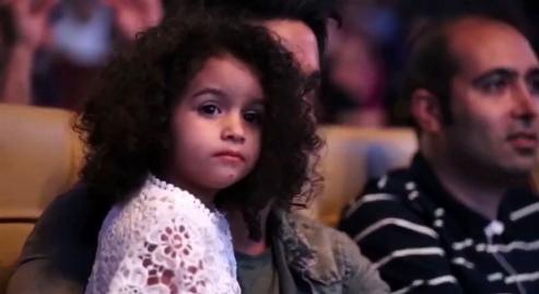 حضور جالب و احساسی دختر محسن یگانه در کنسرت پدرش + فیلم