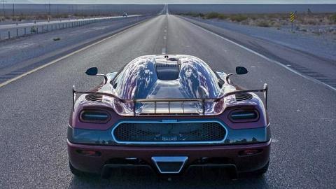 رکورد سرعت اتومبیلهای جهان به وسیله Agera RS شکسته شد +فیلم