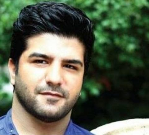 نوحه خوانی خواننده معروف پاپ بر سر مزار شهید مدافع حرم مهدی حیدری + فیلم