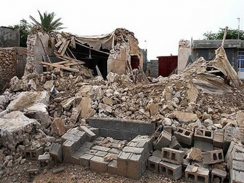 صحنه تاثیرگذار و احساسی که پدر یکی از مصدومان زلزله رقم زد + فیلم