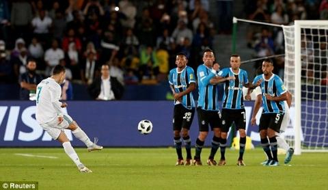 گل ضربه ایستگاهی تماشایی رونالدو به گرمیو در فینال باشگاه های جهان