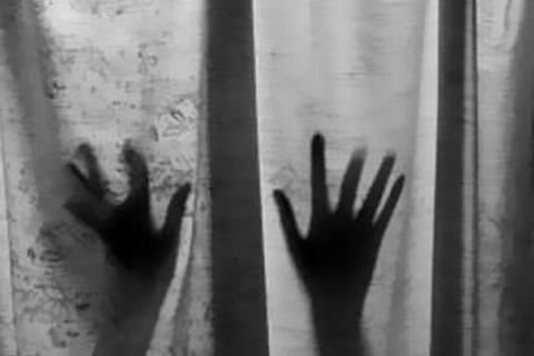 ماشین را به دیوار می چسباندم و ..! / گفتگو متفاوت با جوان 24 ساله که 8 زن را آزار شیطانی داد