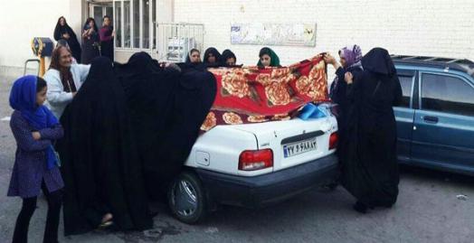 لحظه وضع حمل مادر جوان در ترافیک سنگین تهران/راننده اسنپ قهرمان فراموش نشدنی یک زوج و نوزاد خوش شانس شان/اولین کودک اسنپی به دنیا آمد