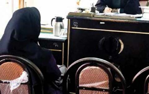 دستگیری شبانه دختر دانشجو در مشهد/ با ورود مامور کلانتری به هتل، پسر پا به فرار گذاشت