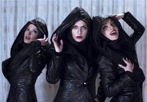 تقاضای عجیب خانم های ایرانی از معروف ترین آرایشگر زنایران: ما را شبیه بازیگرهای سینما کنید!/ مژگان دادفر در گفتگو با تی وی پلاس