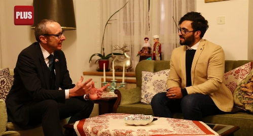 تفریح عجیب سفیر اتریش و همسرش در تهران: به خاطر داشتن مردی به نام جواد ظریف افتخار کنید/ جشن 160 سالگی روابط دیپلماتیک ایران و اتریش