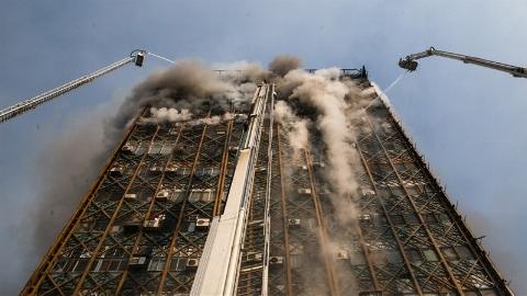 لحظه به لحظه فاجعه پلاسکو + فیلم/به مناسبت سالگرد شهادت آتش نشانان تهرانی