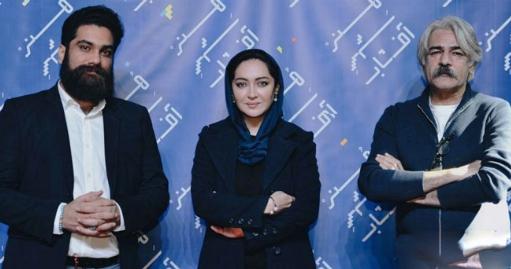 رژه باشکوه خانم سوپراستار روی فرش قرمز لوکس ترین سینمای ایران/اشک های یک پسرِِ طرفدار، غافلگیرکننده ترین لحظه رویارویی نیکی کریمی با هوادارانش/علی زندوکیلی و کیهان کلهر هنر شهرِ آفتاب شیراز را به وجد آوردند