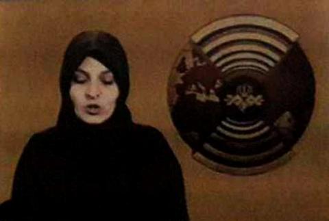 حضور گوینده خبر زن در تلویزیون ممنوع؟!/ ترفند هوشمندانه امام خمینی (ره) در استفاده تلویزیون از گوینده خبر زن