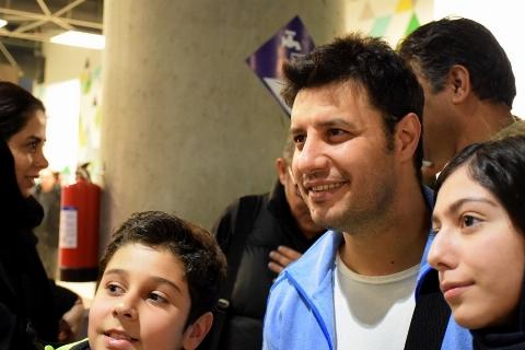 اولین واکنش بازیگر مرد لاتاری به گلایه منوچهر هادی/ جواد عزتی در حاشیه جشنواره فیلم فجر
