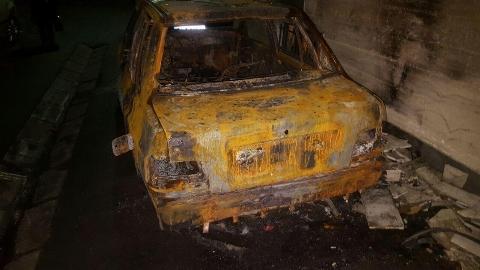آتش زدن یک پراید پارک شده در کوچه بن بست خیابان آذربایجان تهران + فیلم لحظه ی آتش سوزی