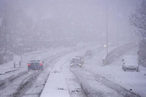 مرگبارترین برفهای تاریخ جهان /ایران در سال 1351 بدترین برف را داشت!+ فیلم