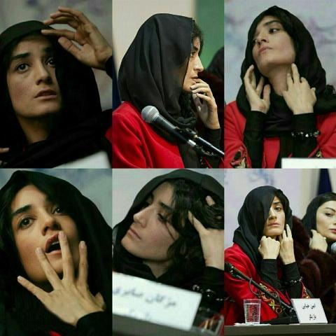 رفتارهای غیرعادی خانم بازیگر در نشست خبری همه را متعجب کرد! + فیلم