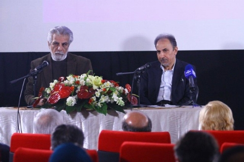 ویدئوی جنجالی از حاشیه های نشست شهردار تهران با سینماگران +فیلم