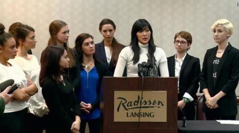 شجاعت دختران المپیکی در دادگاه پزشک شیطان صفت! +فیلم