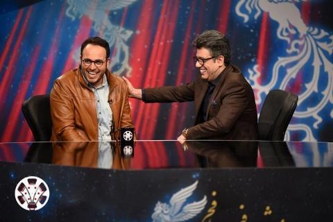گاف بزرگ رضا رشیدپور روی آنتن زنده تلویزیون، داد منتقد سرشناس سینما را درآورد: یک دست کت و شلوار کافی نیست، سواد هم لازم است/ حاشیه های داغ جشنواره فیلم فجر