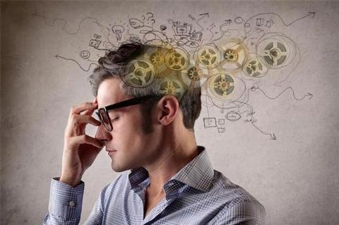 باشگاه پرورش ذهن؛ عضله سازی مغزتان را با راهکارهای طلایی دکتر پاکرو تجربه کنید