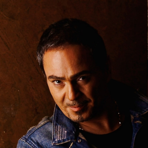 دلیل غیبت خواننده سرشناس در عرصه موسیقی: موزیکمان الکی شده است