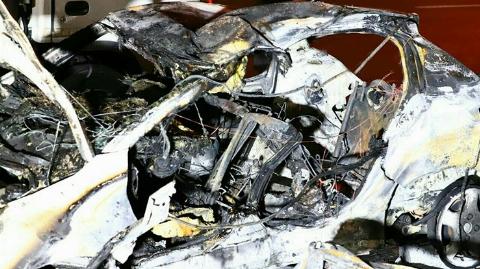 مرگ دردناک ۲ سرنشین جوان خودروی پژو 207 شعله ور در اتوبان همت + فیلم