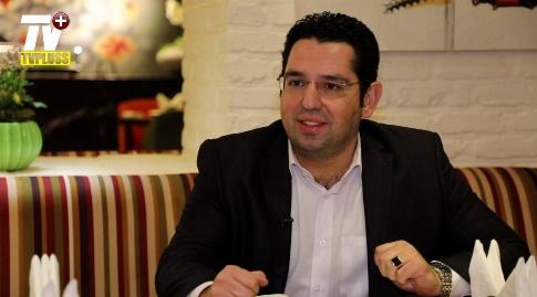 گزارشگر سرشناس فوتبال: آقایان در شبکه 3 لطف بیشتری به من و آقای فردوسی پور دارند