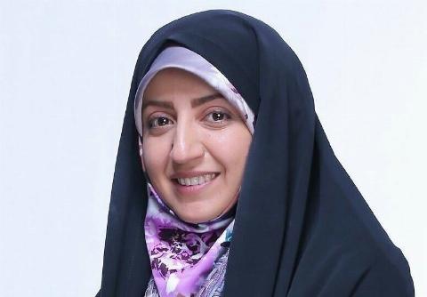 حادثه ای که برای مجری زن ایرانی روی آنتن زنده رخ داد +فیلم