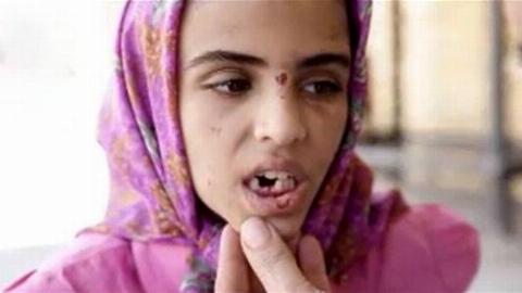 ناگفته های تکاندهنده دختر ماهشهری از شکنجه های پدر و نامادری اش + فیلم 16+