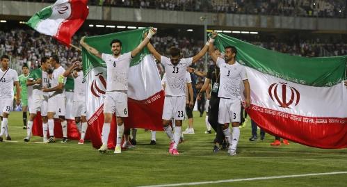 لحظه ورود تیم ملی فوتبال ایران به فرودگاه کازان