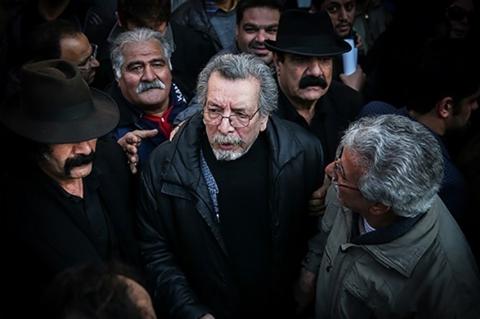 پیام بهمن مفید از بیمارستان برای درگذشت ناصر ملک مطیعی