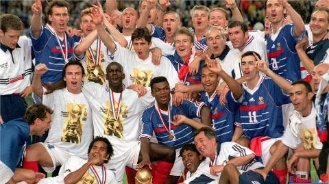 زیرخاکی ترین تصاویر تاریخ جام های جهانی/ 1998 فرانسه