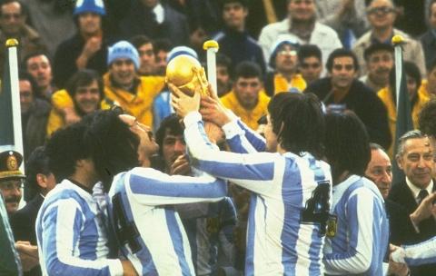 زیرخاکی ترین تصاویر تاریخ جام جهانی فوتبال/ 1978 آرژانتین