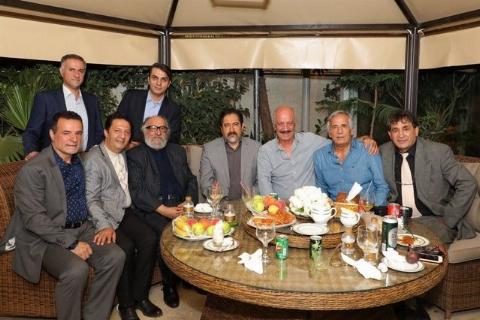 علی پروین، پوری بنایی، شقایق فراهانی، گوهر خیراندیش و .../ یکصدایی سوپراستارهای سینما و ورزش در شب گلریزان برای آزادسازی زندانیان غیر عمد