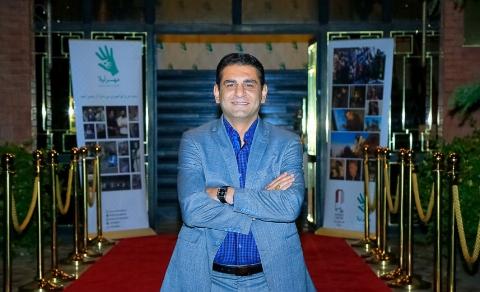 انتقاد مجری سرشناس تلویزیون از رامبد جوان و مهران مدیری: خواهش میکنم سراغ بازیگری تان بروید و دست از سر اجرا بردارید