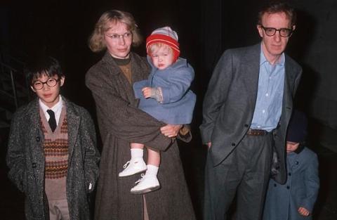رسوایی اخلاقی وودی آلن علنی شد / او به دخترش نظر داشت!
