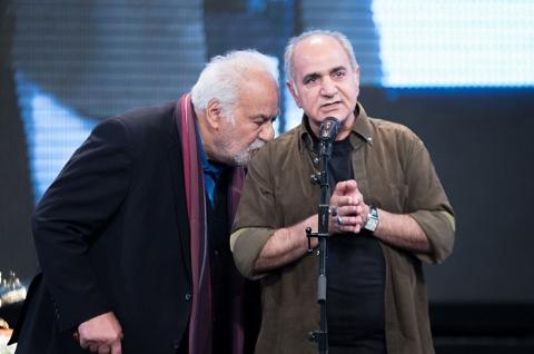 صحبت های جنجالی پرویز پرستویی در مراسم تشییع پیکر ناصر ملک مطیعی