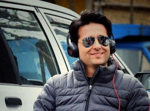 امیرحسین آرمان: دوست ندارم با هیچکدام از بازیگران خواننده فیت بدهم/ زندگی در تهران عصبی ام می کند/ تا دلتان بخواهد زیرآبم را می زنند
