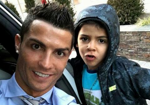 ویدیویی جالب از تمرین کاشتهزنی کریستیانو رونالدو و پسرش
