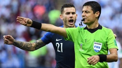 داور ایرانی، شانس اول بازی فینال جام جهانی/ بازتاب قضاوت فغانی در رسانه های دنیا