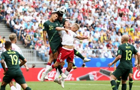 خلاصه بازی دانمارک 1 - استرالیا 1 (جامجهانی 2018 روسیه)