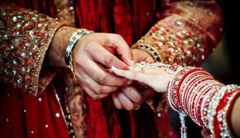 پربازدیدترین ویدیو در فضای مجازی/ سیلی ناجور عروس به فامیل داماد!