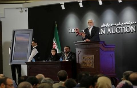 وقت کربلا رفتن دلسوز فقرا میشوید، برای عکس گاو ۷۵۰ میلیون میدهید؟!/ حمله تند به حراج پر سروصدای تهران