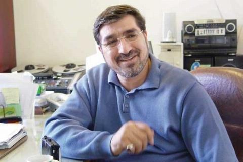 آقای مجری ناراحتی «شهرام قائدی» از تلویزیون را حسابی از دلش درآورد