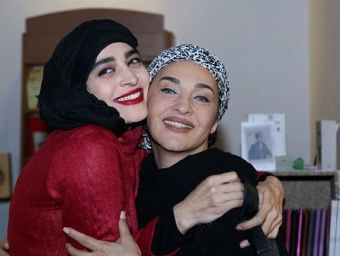 اندیشه فولادوند: آقایان دلواپس! از چی می ترسید؟/گفتگو با خانم بازیگری که یکی از ساختارشکن ترین نقش های سینمای ایران را رقم زد