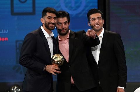گلایه و نارضایتی فغانی از نحوه برخورد در مراسم برترین های لیگ/ برترین های فوتبال ایران، پر حاشیه معرفی شدند!