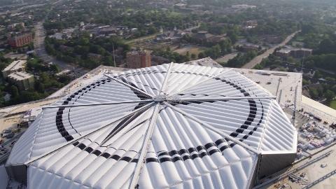 ورزشگاه فوق مدرن مرسدس بنز (آتلانتا)/ حیرت زده خواهید شد!
